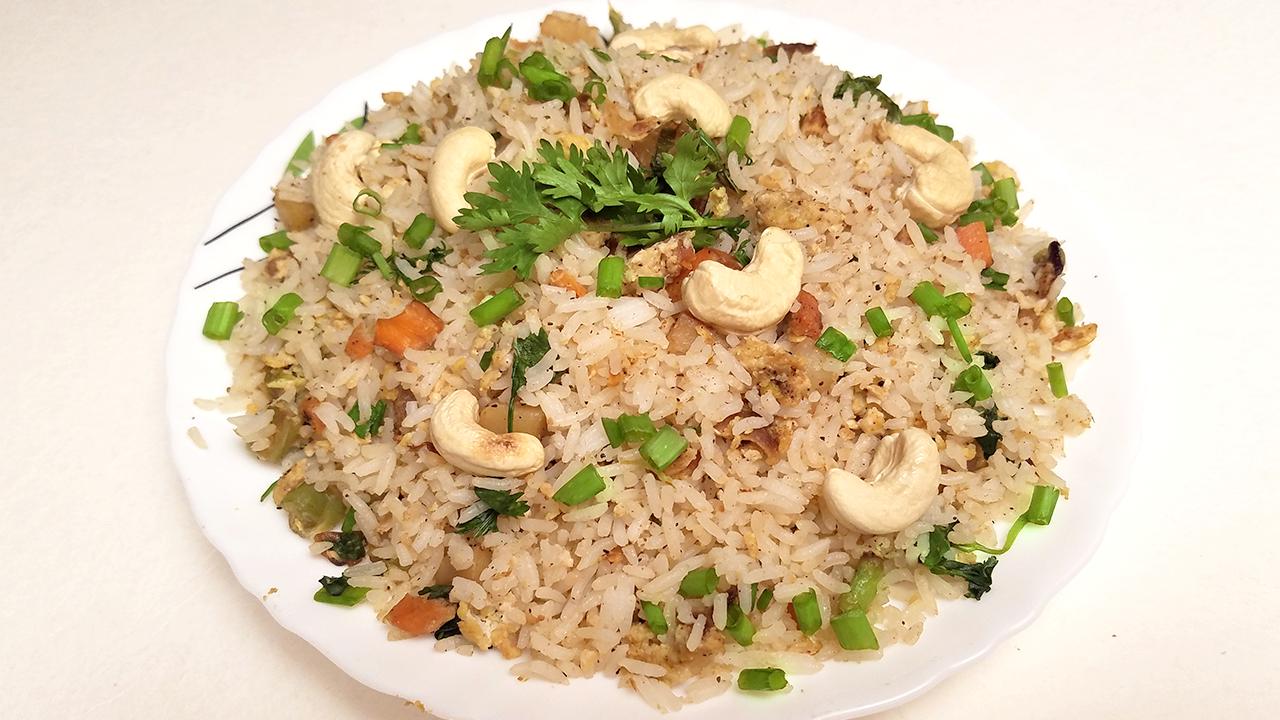 How To Make Egg Fried Rice Recipe Restaurant Style Hyderabadi